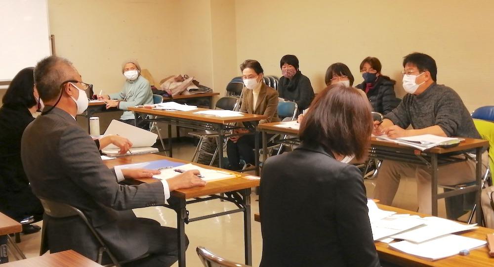 大阪市との市民団体協議のようす